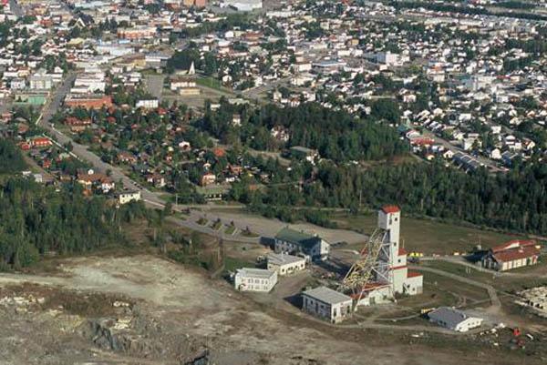 Photo de l'ancienne mine Lamaque en Abitibi-Témiscamingue